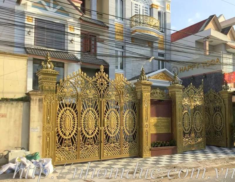 15 mẫu cổng nhôm đúc phong cách Châu Âu đẹp nhất