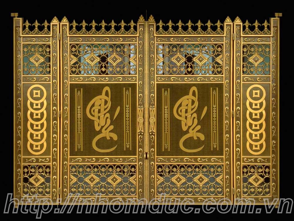 Giá cổng đồng đúc
