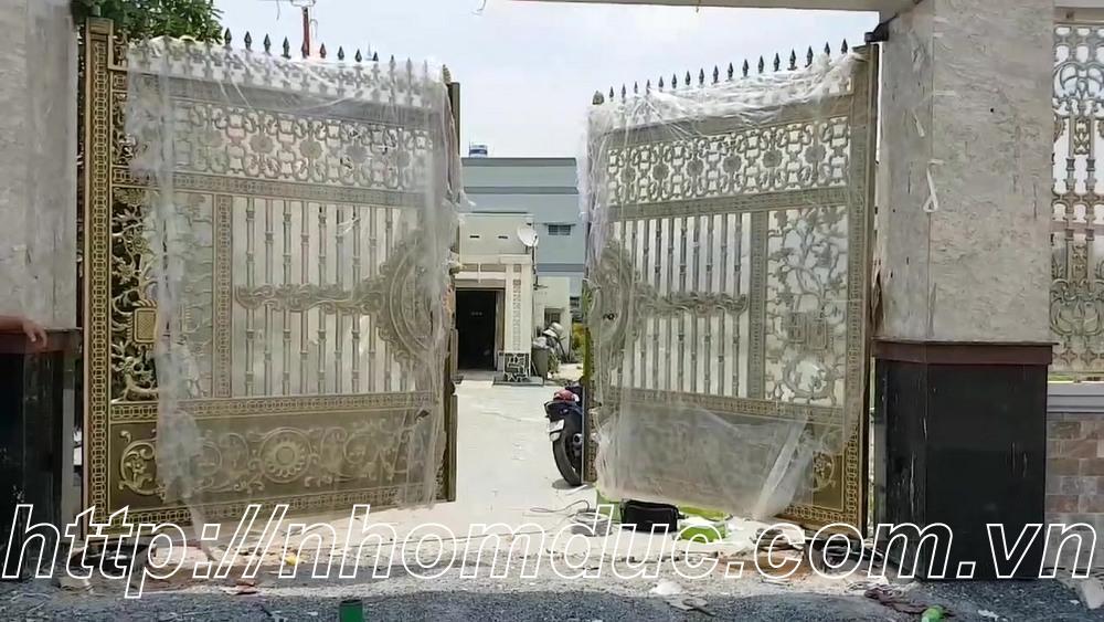 Cửa cổng hợp kim nhôm, Nhôm đúc Fuco