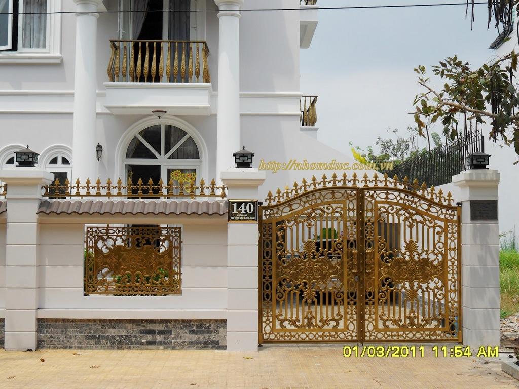 cty Fuco chuyên sản xuất lắp đặt các loại cổng cửa nhôm đúc, chúng tôi lắp đặt nhôm đúc tại các tỉnh thành.