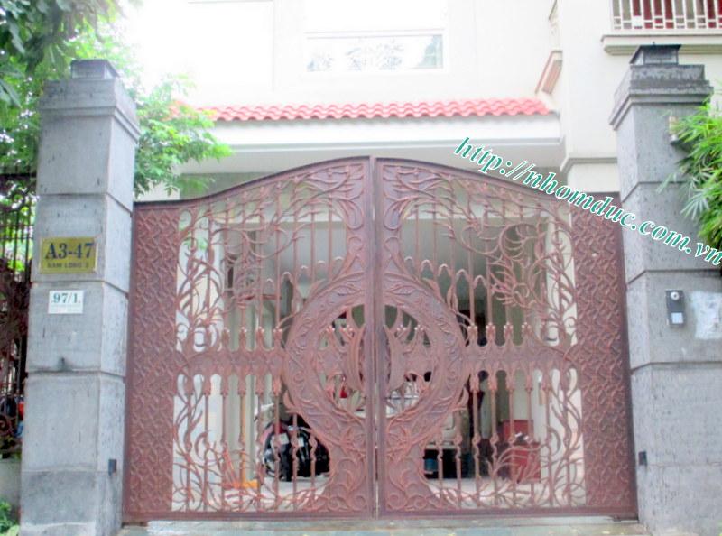 cổng cửa hợp kim nhôm đúc cao cấp cn011, cty Fuco chuyên sản xuất lắp đặt các loại cổng cửa nhôm đúc, chúng tôi lắp đặt nhôm đúc tại các tỉnh thành