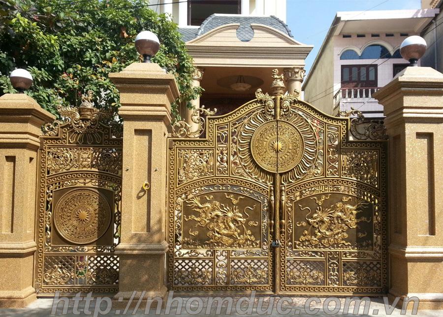 cổng nhôm đúc mẫu hình rồng