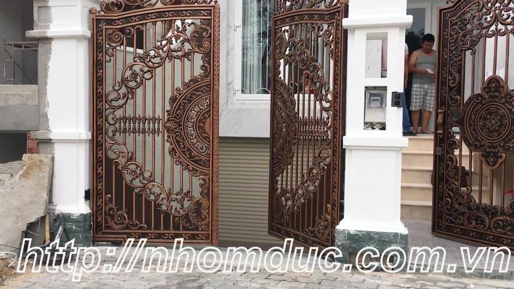 Các dòng sản phẩm cổng, cửa hợp kim nhôm đúc, lan can nhôm đúc, cầu thang, hàng rào, thông gió nhôm đúc chất lượng cao