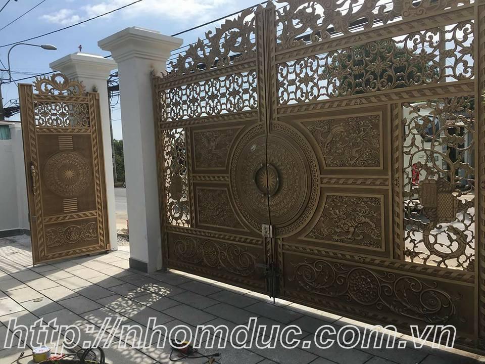 Cổng nhôm đúc Vĩnh Yên