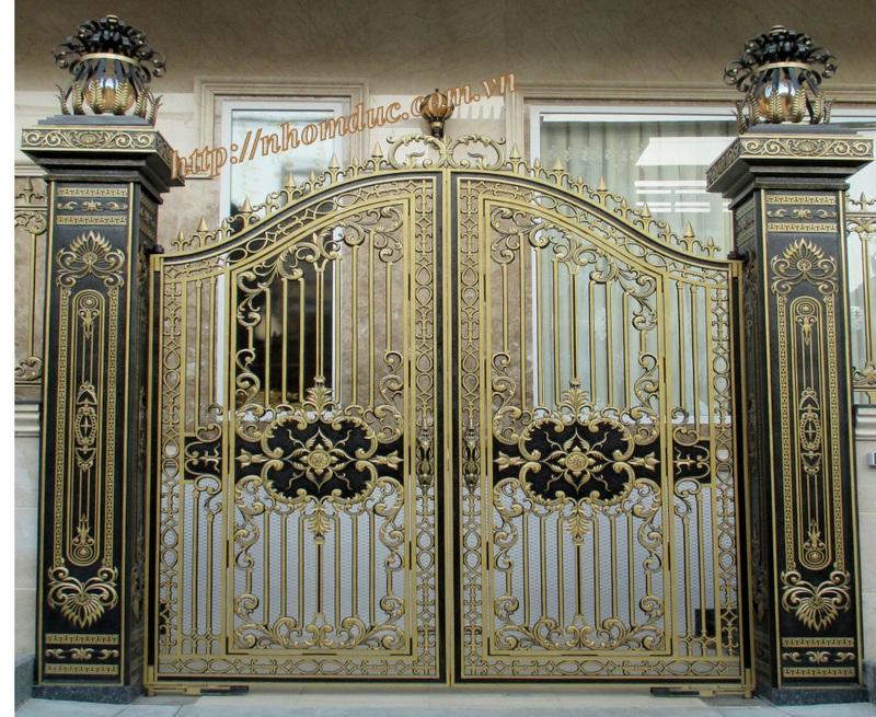 Cửa cổng hợp kim nhôm đúc Hà Nội, sản phẩm cửa, cổng nhôm đúc phù hợp với biệt thự và nhà có kiến trúc kiểu cổ và nhà có thiết kế