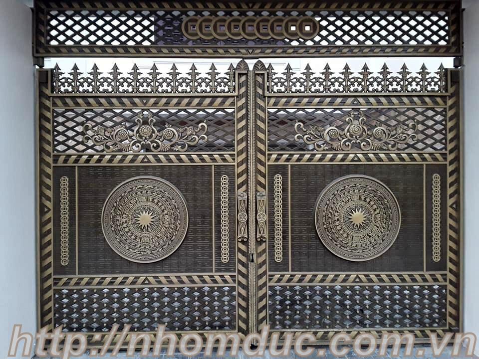 Cửa cổng nhôm đúc GAT 136, Nhôm đúc Hà Nội