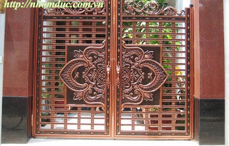 Cửa cổng nhôm đúc đẹp