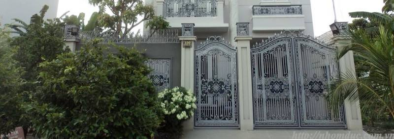 Cổng nhôm đúc GAT 128 - Cổng biệt thự đẹp, nhôm đúc Hà Nội, nhôm đúc biệt thự, sản xuất công nghệ Nhật Bản, sơn tĩnh điện cao cấp, nhôm đúc chất lượng