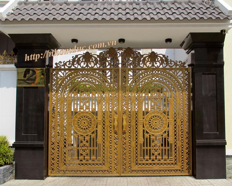 cổng nhôm đúc · Được làm từ chất liệu chính là nhôm, bông gió nhôm đúc nam định