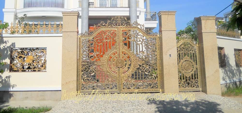 Các mẫu cổng nhôm đúc hà nội đẹp sang trọng, khác biệt