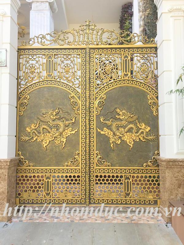 Mẫu cổng nhôm đúc hai rồng GAT