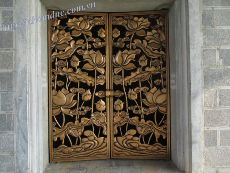 Công trình cổng biệt thự Miền Nam đã thi công các công trình tại Miền Nam như công trình nhôm đúc